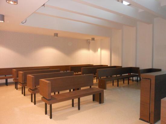 Salle d'audience du Tribunal d'Instance d'Arcachon.